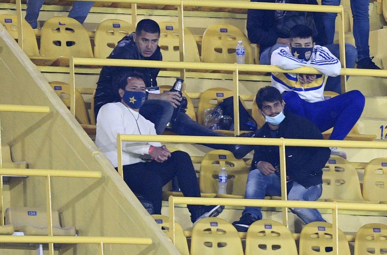 Riquelme junto a su hijo Agustín, el Chelo Delgado y el Negro Ibarra (REUTERS/Juan Mabromata)