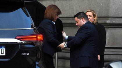 La ministra de Seguridad Patricia Bullrich llega al Congreso