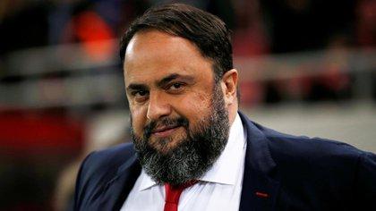 Evangelos Marinakis, mandatario del Olympiacos, dio positivo de Coronavirus (Reuters)
