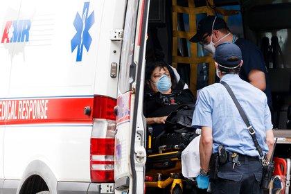 Nueva York, que tiene más de 8 millones de habitantes, ha alcanzado varias veces en los últimos días la barrera de los 1.000 casos diarios, algo que no ocurría desde mayo. EFE/Justin Lane/Archivo