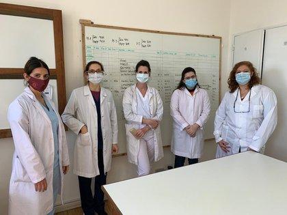 El equipo que trabaja con el tratamiento sobre taninos contra el COVID-19