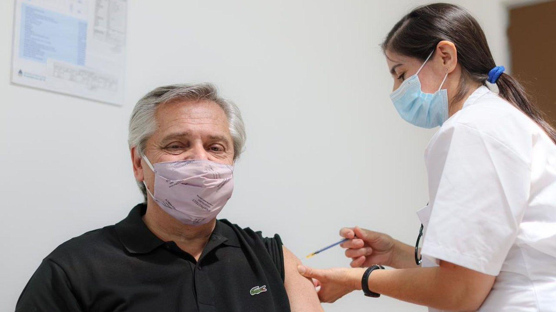 Alberto Fernández - vacuna COVID-19 - Sputnik V