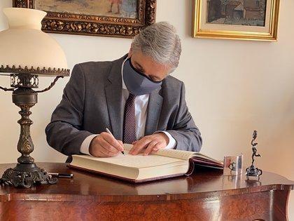 Fotografía cedida por la Presidencia de la República Uruguay del canciller, Francisco Bustillo. EFE/ Presidencia De La República Uruguay