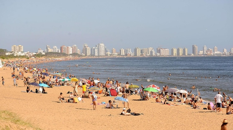 Punta del Este, the top resort in South America, was distinguished by the body in charge of the promotion of responsible tourism