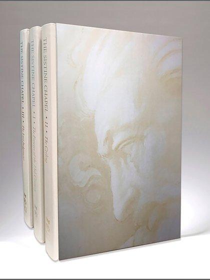 """Los tres tomos del libro """"Sistine Chapel"""" que se venden a un valor de USD 22.000 (Museos Vaticanos)"""