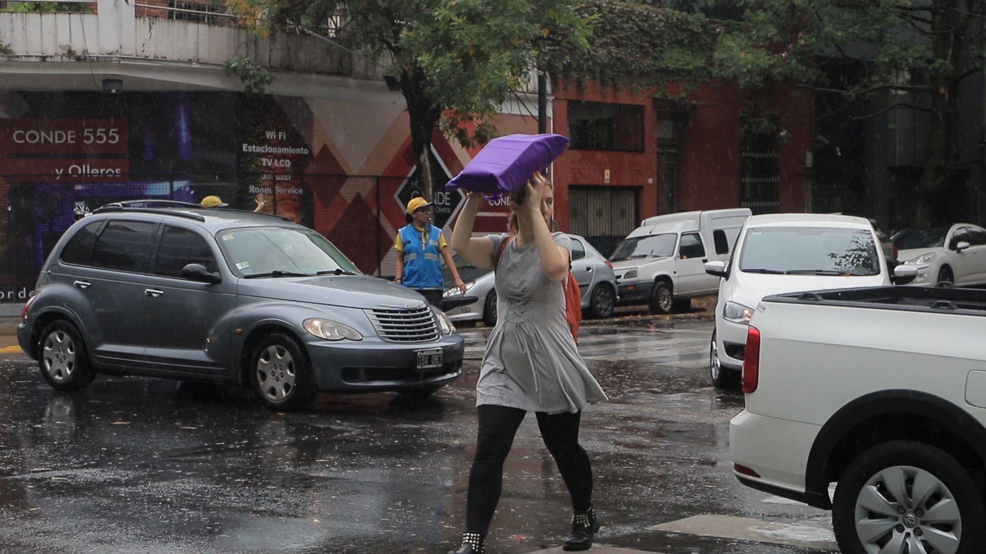 La lluvia trajo algo de alivio ante la ola de calor