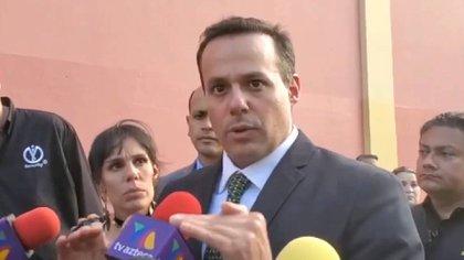 En su encuentro con los medios el fin de semana de la muerte de su padre, José Joel confirmó que no estuvo de acuerdo con la cremación (Foto: Instagram Elgordoylaflaca)