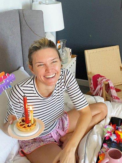 Zámolo y su torta de cumpleaños (Foto: Instagram)