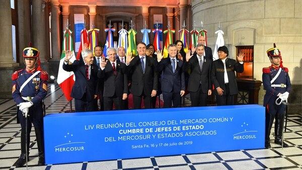 Sebastián Piñera, Tabaré Vázquez, Jair Bolsonaro, Mauricio Macri, Mario Abdo Benítez y Evo Morales, los presidentes del Mercosur