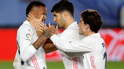 El Real Madrid recibe al Sevilla con la misión de ganar para encaminar el título: hora, TV y formaciones