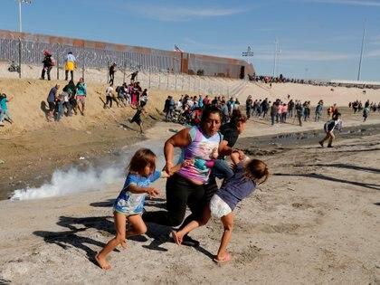 Las caravanas migrantes se intensificaron en 2018. El gobierno de Trump negoció con México para que se queden en ese país mientras tramitan las solicitudes de asilo