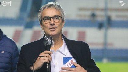 """""""La vida está por encima de un partido y sentí que para muchos no fue así"""": José Decurnex, presidente de Nacional de Uruguay"""