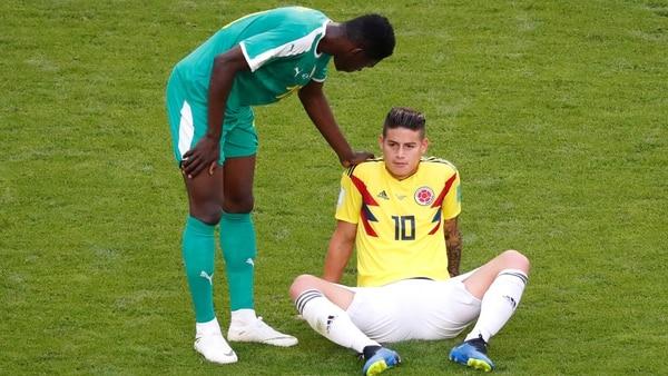 James Rodríguez sufrió una lesión en el duelo ante Senegal (Reuters)