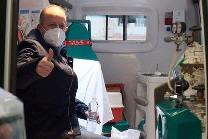 Insaurralde en la ambulancia que lo trasladó hasta su casa