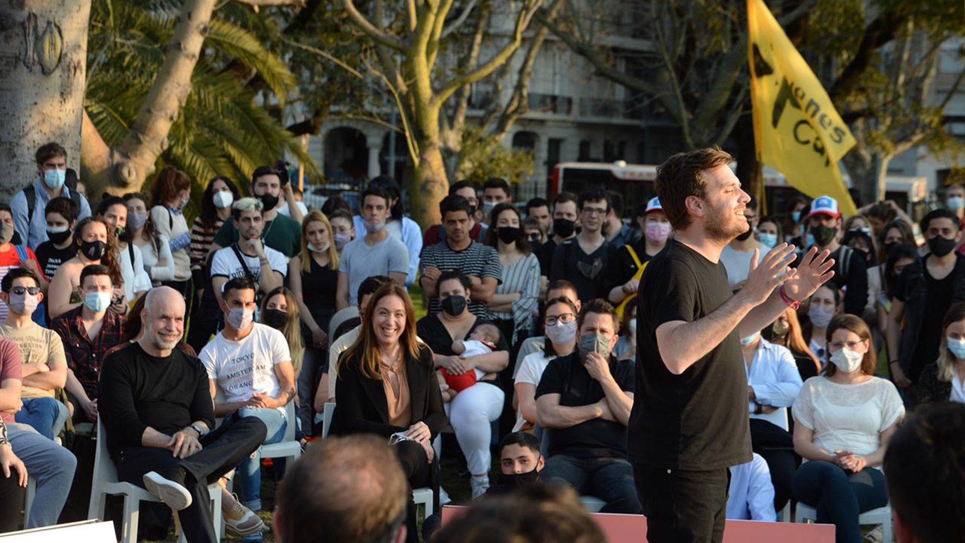 Emanuel Ferrario acto juntos por el cambio ciudad