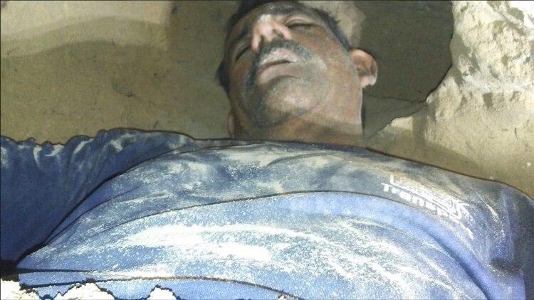 En Sonora César Arnoldo G. de 50 años cavó un túnel para espiar a Griselda S. de 58 años, ambos tuvieron una relación sentimental por 14 años pero se separaron por los extremos celos de el hombre, que incluso ten{ia una orden de restricción, declaró la afectada Foto: @ComuniKSonora