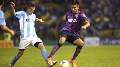 Guillermo Pol Fernandez con la camiseta de Boca, club en el que debutó en 2012