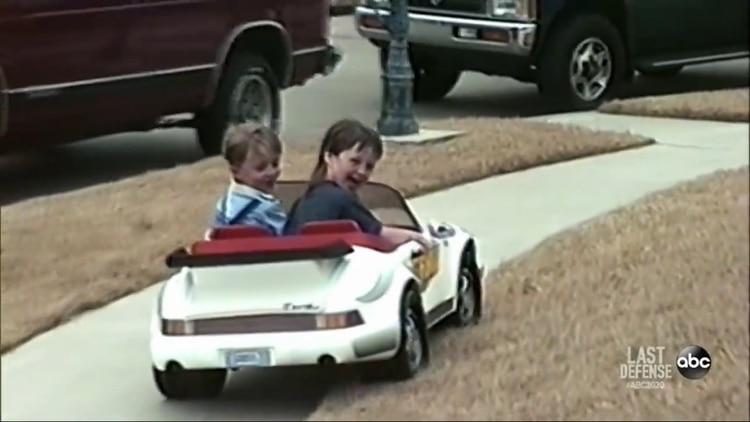 Davon y Damon en una filmación casera (Documental The Last Defense)