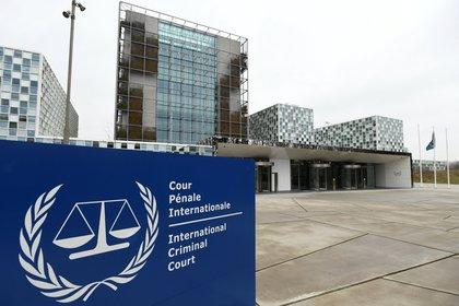 La entrada a la sede de la CPI en Holanda (REUTERS/Piroschka van de Wouw)