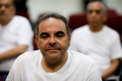 El ex presidente de El Salvador Elías Antonio Saca durante la audiencia por sus cargos de corrupción en El Salvador (Reuters /Jose Cabezas)