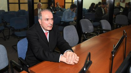 José López (Maxi Luna)