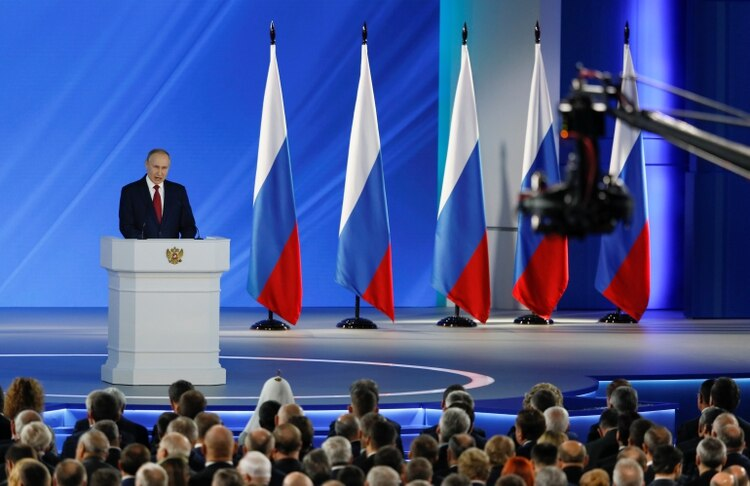 Putin ofreciendo su discurso anual ante la Asamblea Federal (Reuters)