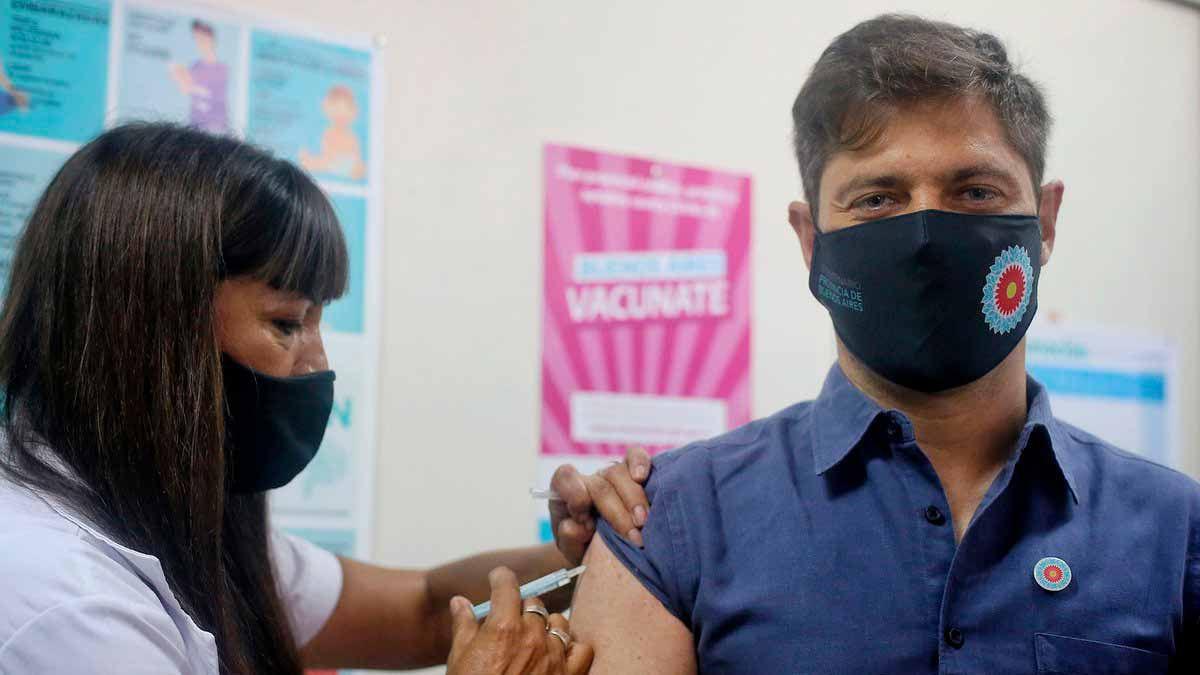 Reclamos y cruces en la provincia de Buenos Aires por la campaña de vacunación en municipios opositores