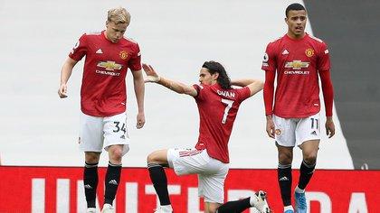 Edinson Cavani anotó otro golazo para el Manchester United: el guiño de Boca, que sigue trabajando para contratarlo