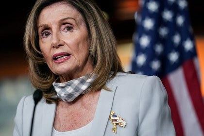 FOTO DE ARCHIVO: La presidenta de la Cámara de Representantes de los Estados Unidos, Nancy Pelosi, durante su conferencia de prensa semanal en el Capitolio de Washington, EEUU, el 13 de agosto de 2020. REUTERS/Sarah Silbiger