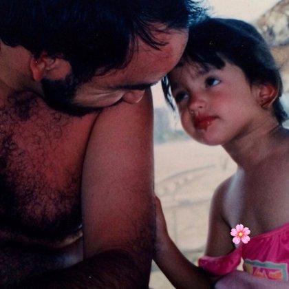 Eiza suele recordar a su papá en algunas publicaciones de Instagram