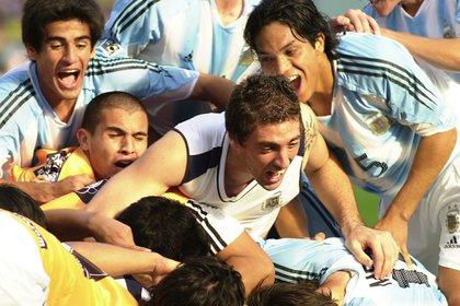 El festejo de la selección Sub 20, luego de eliminar a Brasil en las semifinales del Mundial disputado en Holanda