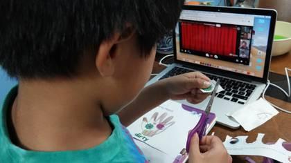 Niños y niñas se adaptaron al sistema Aprende en Casa. (Foto: Cuartoscuro)
