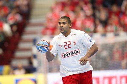 Jugador de handball que ha ganado la medalla de oro en los Juegos Olímpicos de Río de Janeiro 2016 y en el Campeonato Mundial de Handball Masculino de 2019