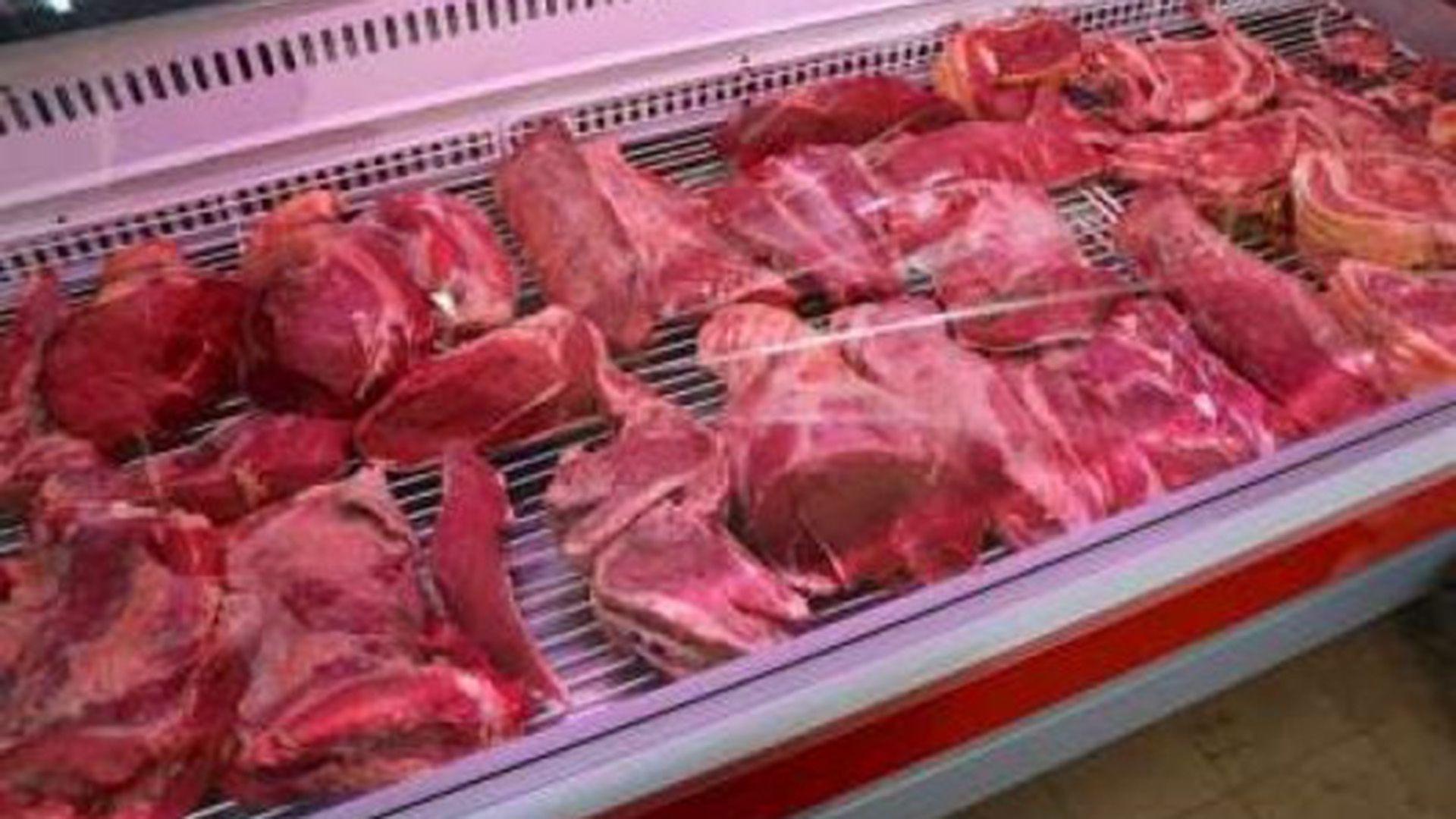 Mientras el consumo interno de carne vacuna sigue en baja, la Federación Agraria propone eliminar el IVA en su precio