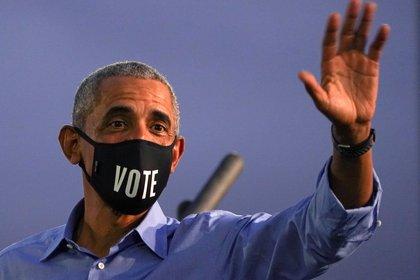 Obama pidió a la gente que se movilice a votar (REUTERS/Kevin Lamarque)