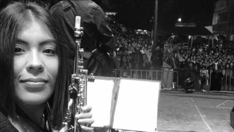 La saxofonista fue atacada con ácido sulfúrico que le causó lesiones de segundo grado (Foto: Archivo)