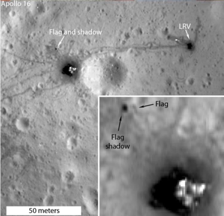 El Lunar Reconnaissance Orbiter de la NASA, es una nave espacial que aún circula la luna en la actualidad. La cámara de la nave espacial fotografió varios sitios de aterrizaje de Apolo y muestra donde se ubica la bandera Foto: Nasa