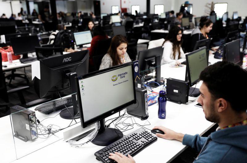 La inversión tendrá como resultado el empleo de más de 4,700 personas (Foto: Reuters / Nacho Doce)