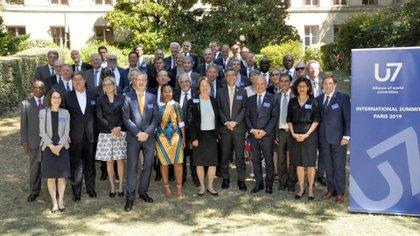 Los rectores de las 48 universidades que sellaron el U7