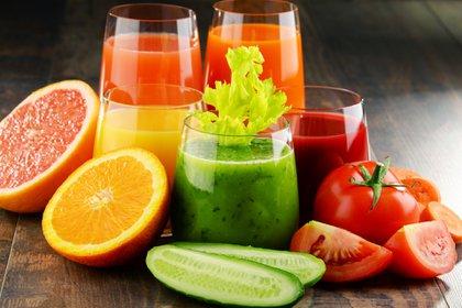 El trabajo asistencial del nutricionista es planificar la dieta en conjunto con la persona (iStock)