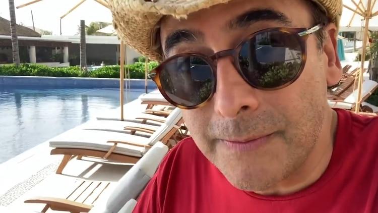 Adal Ramones explicó cómo ha pasado la cuarentena desde la playa (Foto: adalramones/Instagram - captura de pantalla)