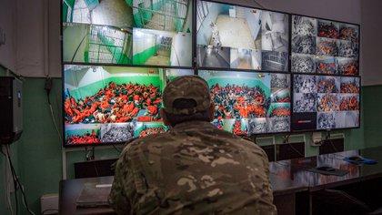 Vigilancia en una cárcel para terroristas en Siria (AFP)