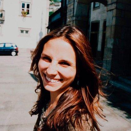La directora de cine Petra Costa (Intagram @petracostal)