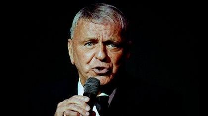 Según muchos de sus biógrafos, Sinatra fue un hombre triste. Solo fue feliz sobre el escenario (Shutterstock)
