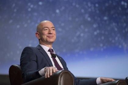 Jeff Bezos, director ejecutivo de Amazon.com y fundador de Blue Origin, en una conferencia en Colorado Springs (Colorado) (Bloomberg / Matthew Staver)