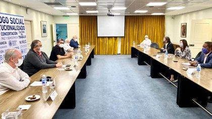La CGT recibió a la misión del FMI que visita la Argentina