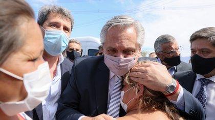 El Presidente anunció ayuda estatal para los damnificados por el terremoto