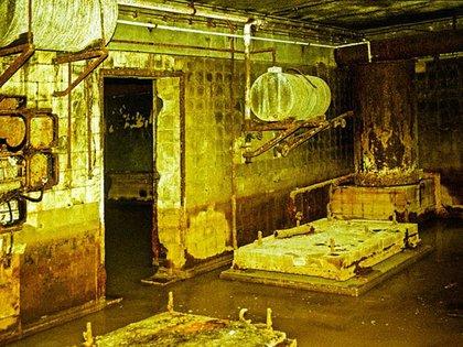 Los restos del búnker de Hitler. Por problemas de ventilación y la escasez de agua, en los últimos días el olor era nauseabundo  Robert Conrad/Lumabytes  163