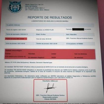 Un certificado negativo a COVID-19  de uno de los estudiantes argentinos que dio positivo en su país Foto: (impresión de pantalla Imagentv)
