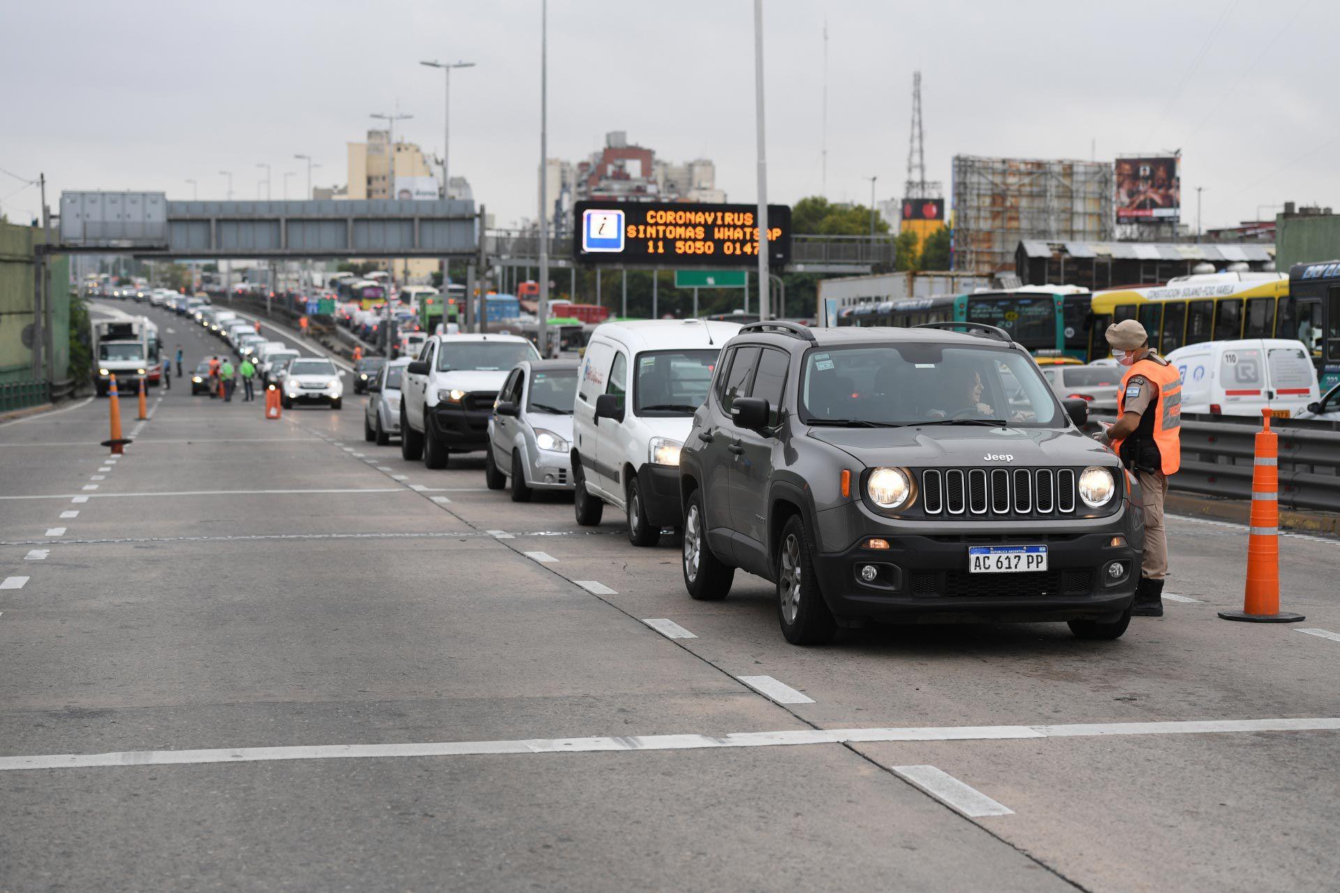 Controles circulacion en Cuarentena puente pueyrredon